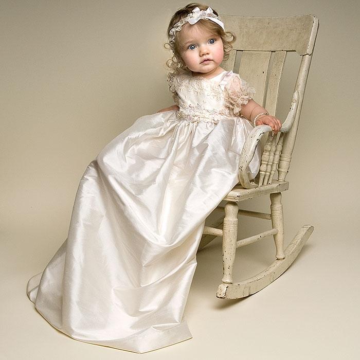 choisir la tenue de bapt me pour votre bout chou tadaaz blog. Black Bedroom Furniture Sets. Home Design Ideas