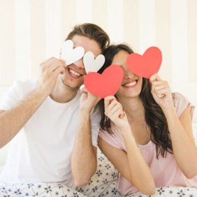 Pour vos 5 ans de mariage : voyage, repas, fête que faire ?