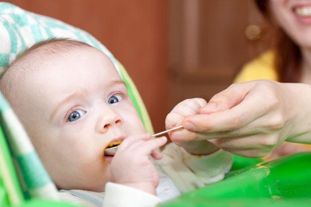 Premier changement dans l'alimentation de votre nourrisson