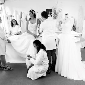 Création d'une robe de mariée Cymbeline : l'intelligence de la main